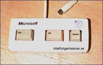 Microsofts tangentbord med ctrl-alt-delete och inget annat. Datorskämt finns med andra ord här.